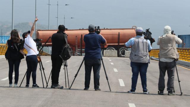 Repórteres Sem Fronteira: Maduro está determinado em calar a imprensa