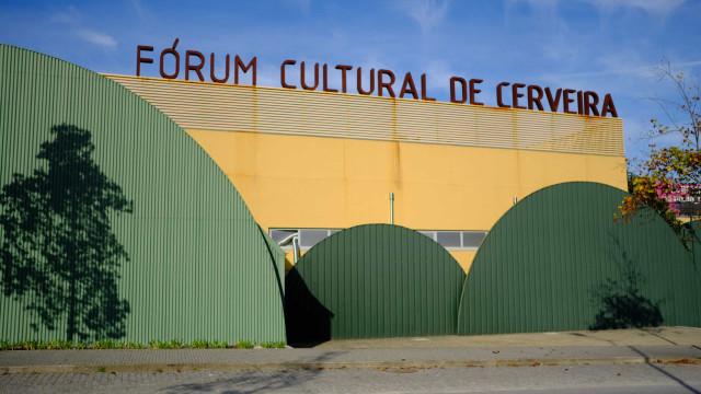 Fórum Cultural de Cerveira recebe exposição individual de Mafalda Santos