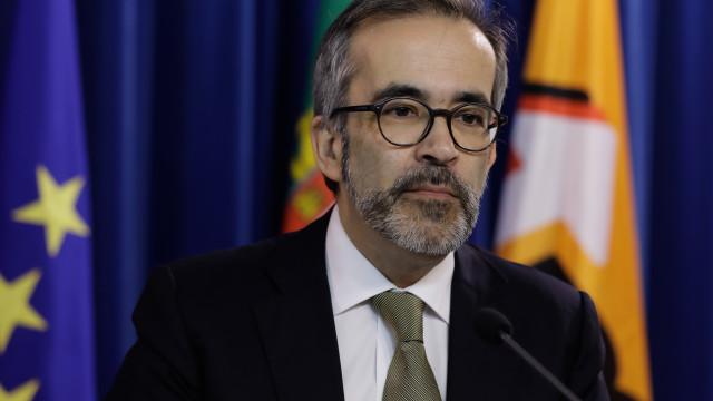 Paulo Rangel na Colômbia para acompanhar crise venezuelana