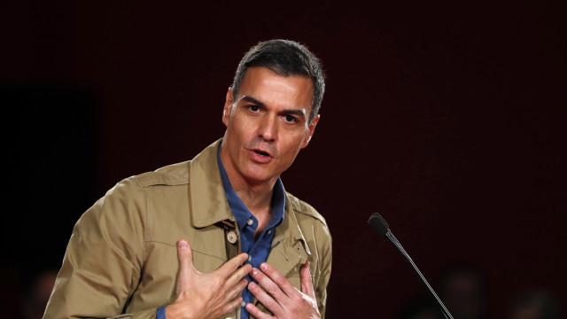 Pedro Sánchez recusa crítica e acusa direita de dividir os espanhóis