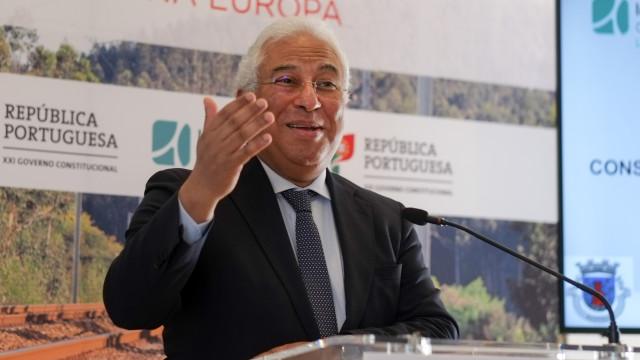 """Costa quer debate sobre regionalização """"no seu devido tempo"""""""