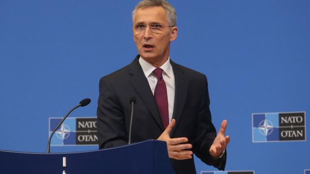 NATO insiste com Russia para que volte a cumprir tratado nuclear