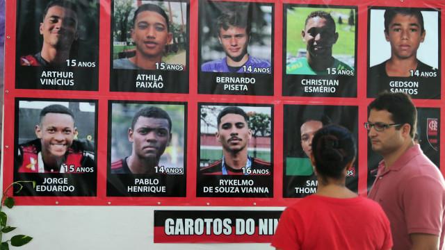 Famílias das vítimas de incêndio recusam proposta do Flamengo