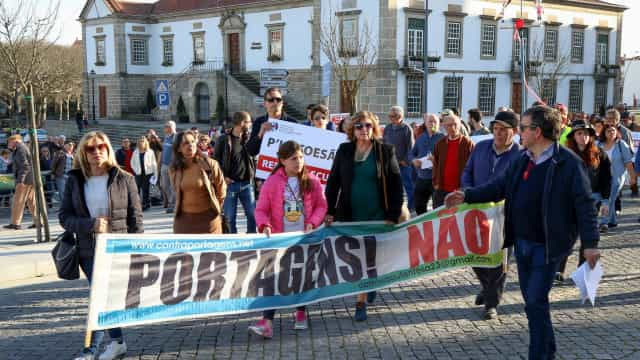 Manifestantes exigiram a abolição das portagens na A23 e A25
