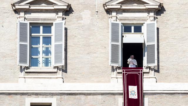Vaticano debate escândalo de abusos a crianças que abalou a Igreja