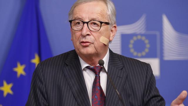 Brexit: Juncker não prevê qualquer avanço decisivo na reunião com May
