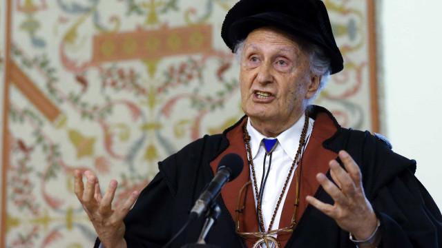 """Portugal saiu da """"cauda da Europa"""" na ciência em 30 anos, diz Quintanilha"""