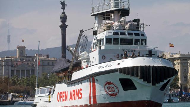 """Open Arms denuncia """"abandono"""" do seu navio pela Europa"""