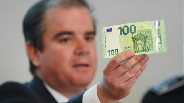Novas notas de 100 e 200 euros entram hoje em circulação