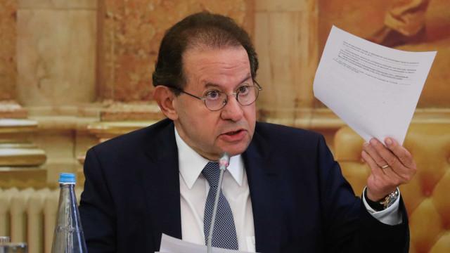 """Constâncio nega """"interferência"""" do Banco de Portugal na luta pelo BCP"""