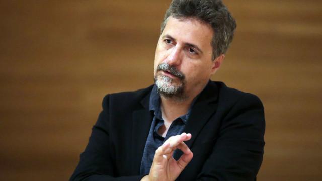 """Imagem do artista como """"inimigo do povo"""" está a pegar no Brasil"""