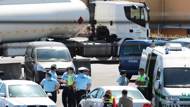 GNR e PSP conduziram 28 camiões de combustível na segunda e terça-feira