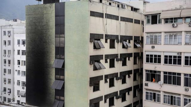 Seis vítimas de fogo em hospital no Rio de Janeiro já foram identificadas