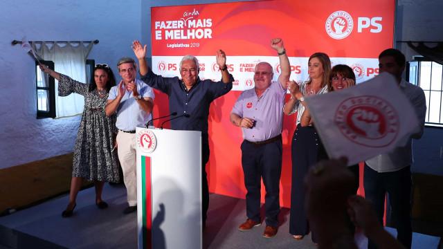 """Costa pede voto no PS para continuar """"mudança política"""""""