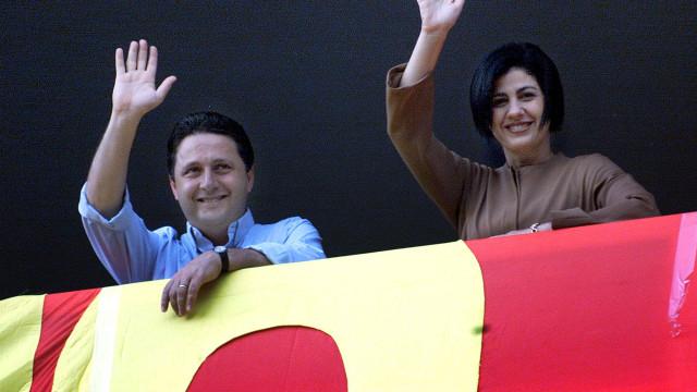 Polícia brasileira prende dois ex-governadores do Rio de Janeiro