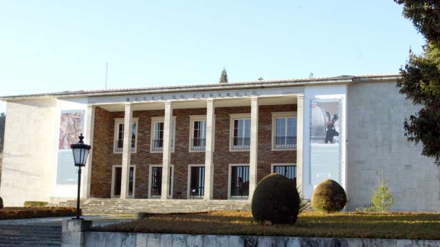 Museu do Caramulo recebe exposição sobre os 120 anos da Renault