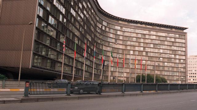 Bruxelas propõe Fundo Monetário Europeu e ministro europeu das Finanças
