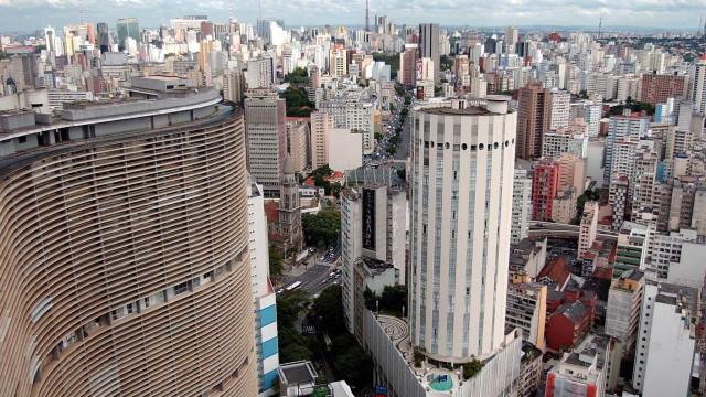 Consulado português suspende receção de pedidos de nacionalidade