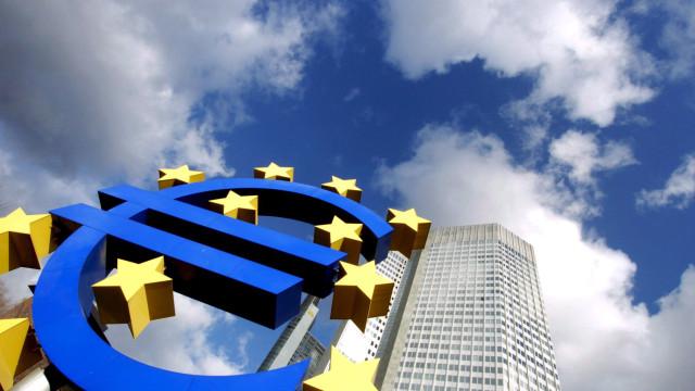 BCE mantém preço do dinheiro e confirma fim de compra de dívida