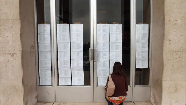 Candidaturas ao Ensino Superior baixam, apesar do aumento de vagas