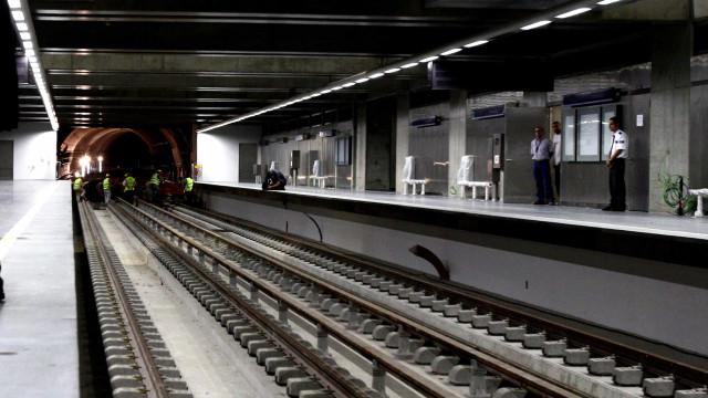 Metro justifica rescisão do contrato com atraso nas obras em Arroios