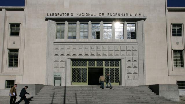 """TdC: Sistema de controlo do Laboratório de Eng Civil revela """"riscos"""""""