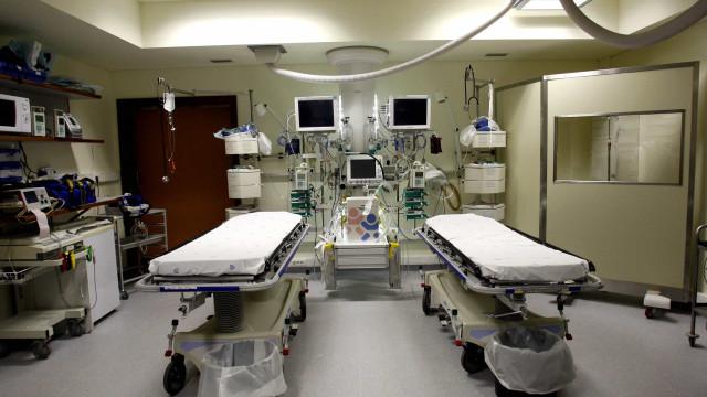 Centenas de médicos do privado inibidos de atender doentes da ADSE
