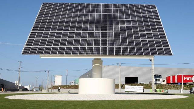 Fábrica de painéis solares de Moura fecha e deixa centenas desempregados