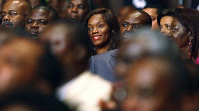 Filha de ex-Presidente critica rescisão do contrato para gerir TV estatal