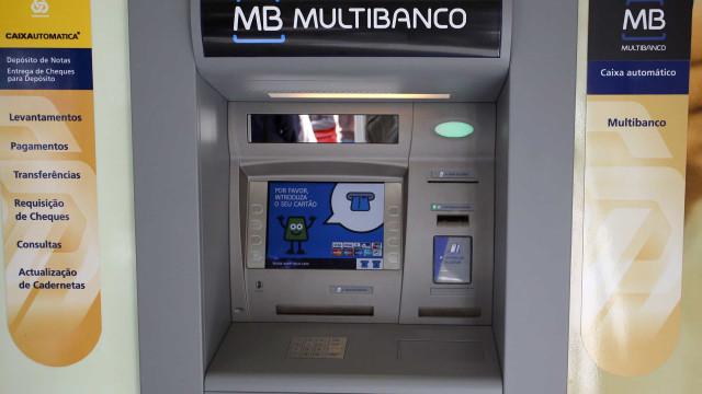 Escolher diferentes redes de pagamento para cartões não tem custos