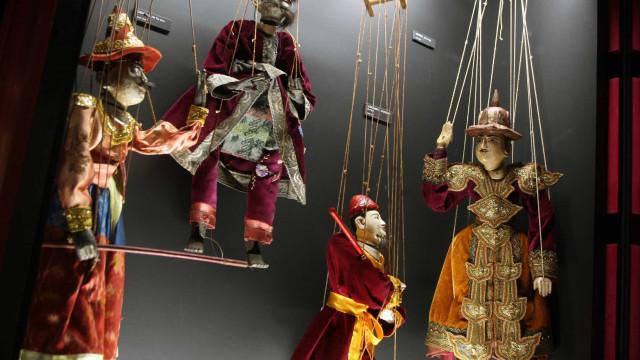 Marionetas de cinco países em festival na cidade de Alcobaça