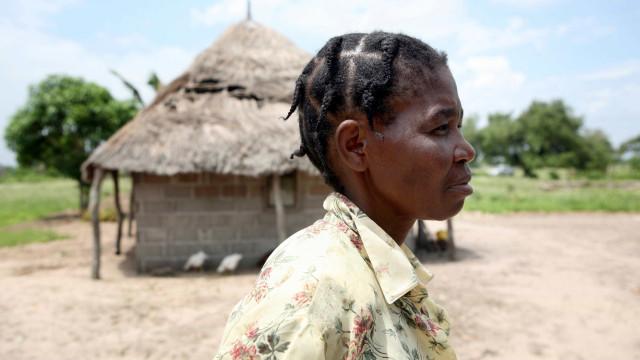 Quatro polícias e outras sete pessoas mortas em tiroteio em Moçambique