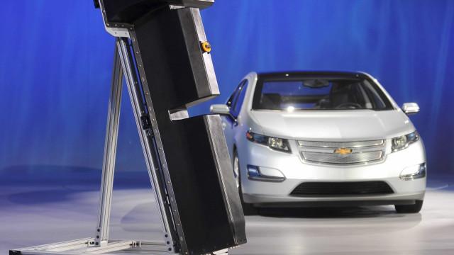 Lítio na mira dos investidores com acelerar da mobilidade elétrica
