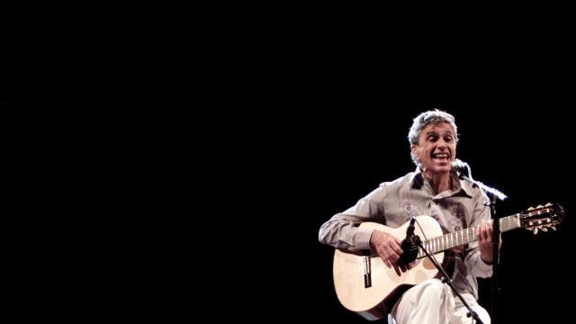 Caetano Veloso regressa a Portugal com concertos com os filhos