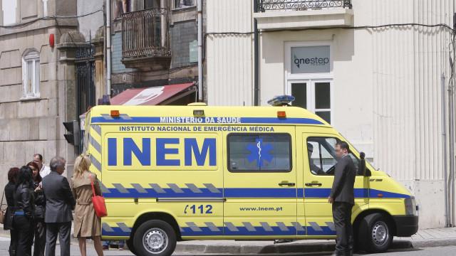 Idoso morre em pastelaria em Guimarães. Caiu nas escadas