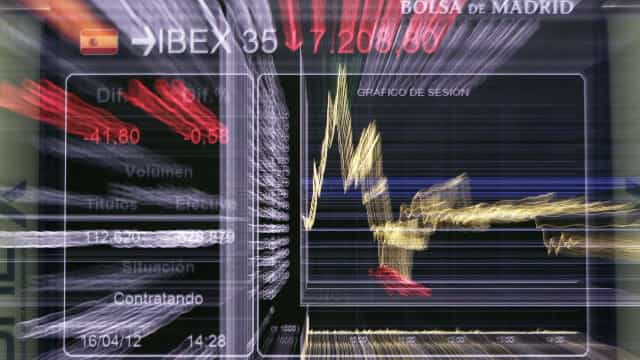 Bolsas europeias seguem em terreno negativo à espera de reunião do BCE
