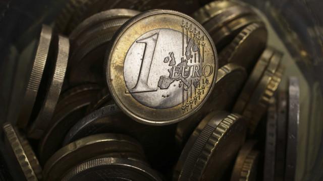 Euro continua pressionado por incerteza quanto a Itália