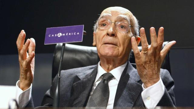 """20 atores, nove horas a ler Saramago. Assim será a """"maratona literária"""""""