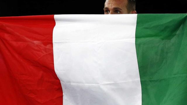 Itália: Não está em cima da mesa a saída do euro, garante ministro