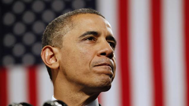 A nova vida de Obama: Cobrar 330 mil euros por discursos em bancos
