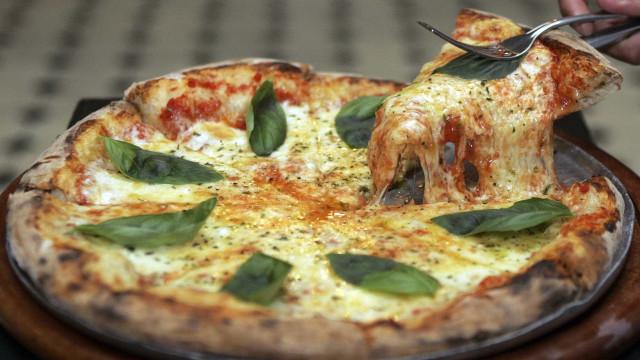 """Ibersol não espera """"impacto especial"""" de fusão da Pizza Hut com Telepizza"""