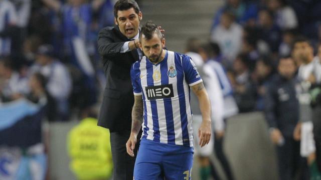 Antigo jogador do FC Porto renuncia à seleção belga