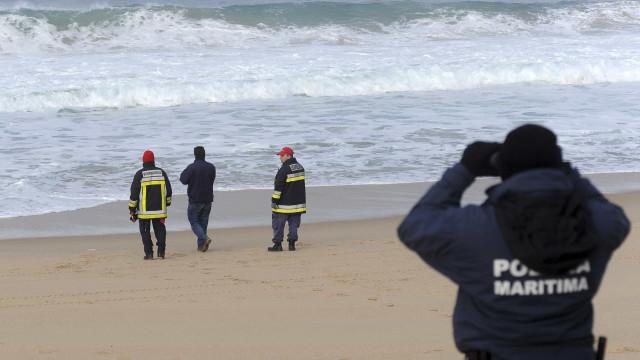Três pescadores morrem em Aveiro apanhados por uma onda