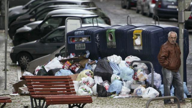 Oposição pede mais investimento e trabalhadores da higiene urbana