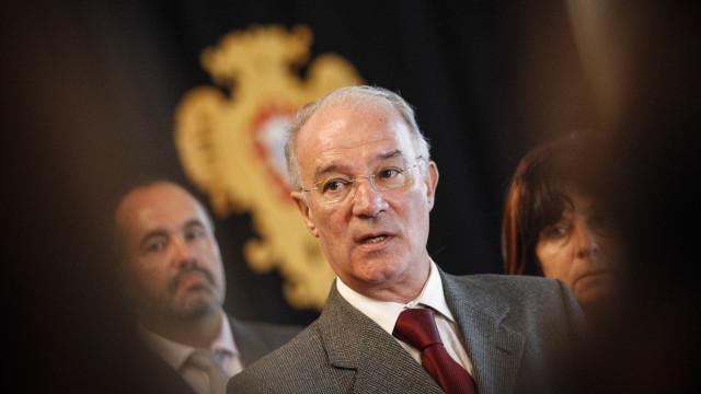 """Governo tem de """"acabar com a desregulação laboral no porto de Setúbal"""""""