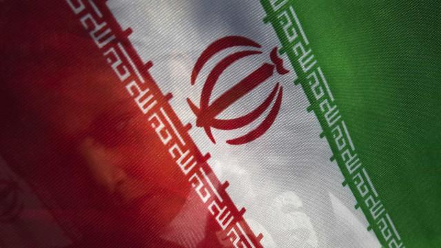 Irão anuncia oito execuções ligadas a ataques do Estado Islâmico em 2017