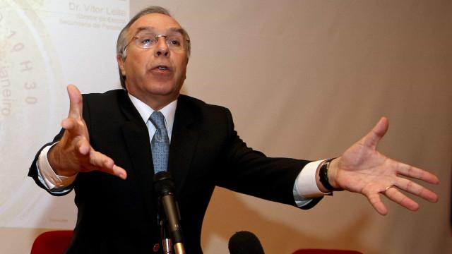 """""""Não há 20 milhões de euros durante 10 anos para crianças oncológicas?"""""""