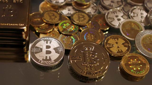 Apoio de Wall Street faz bitcoin quebrar novos recordes