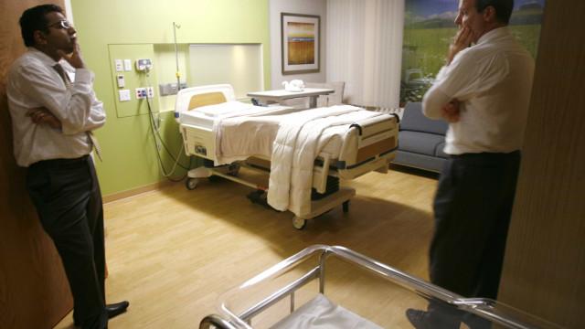 Médica acusada de ofensa à integridade por morte de bebé vai a julgamento
