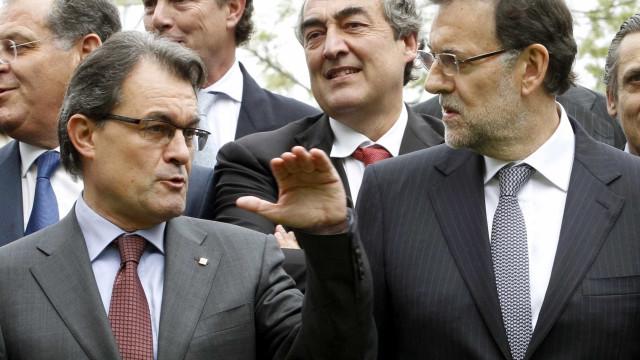 Catalunha: Presidente do patronato espanhol pede regresso da legalidade